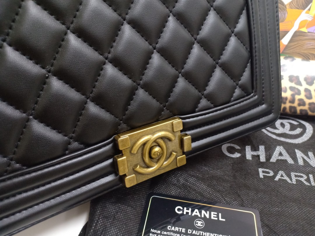 6afcea6d397627 Chanel Boy Black GHW Bag, Luxury, Bags & Wallets on Carousell