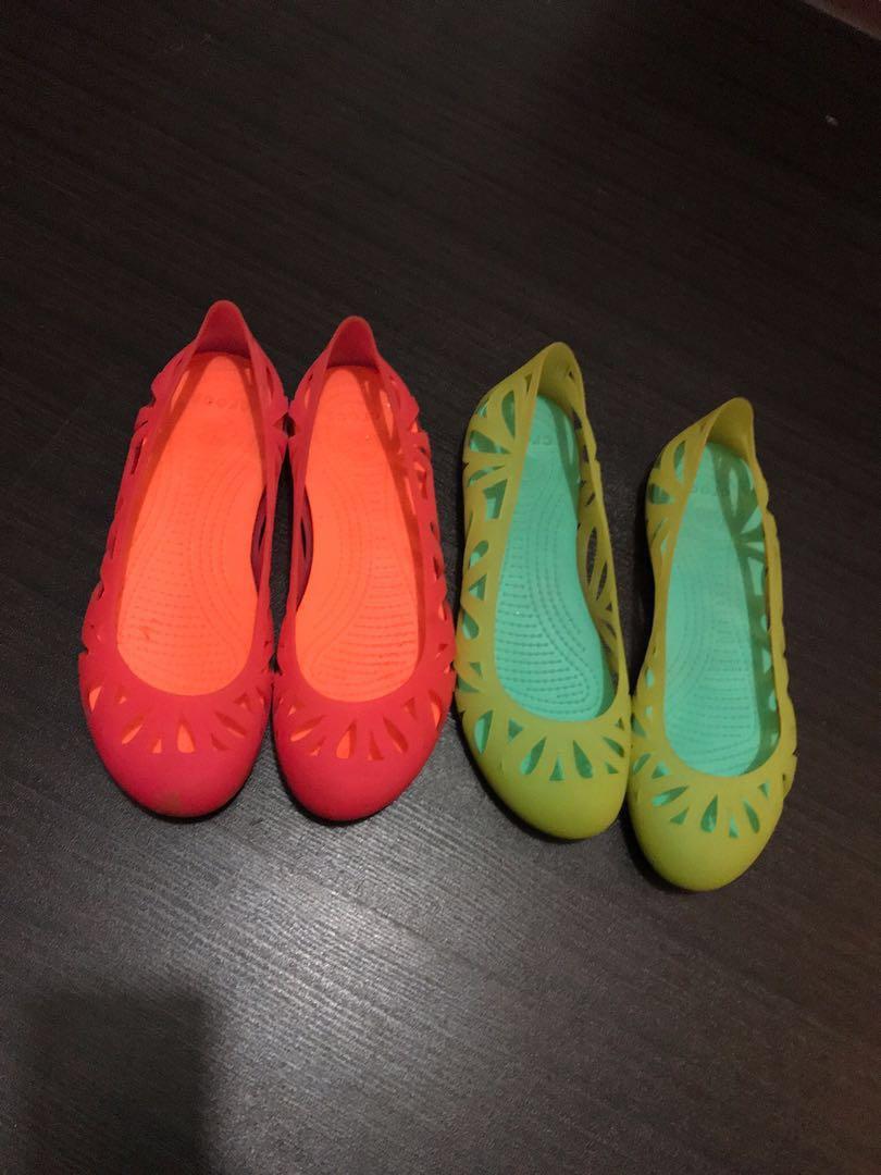 77a36d28be27 Crocs jelly shoes size 9