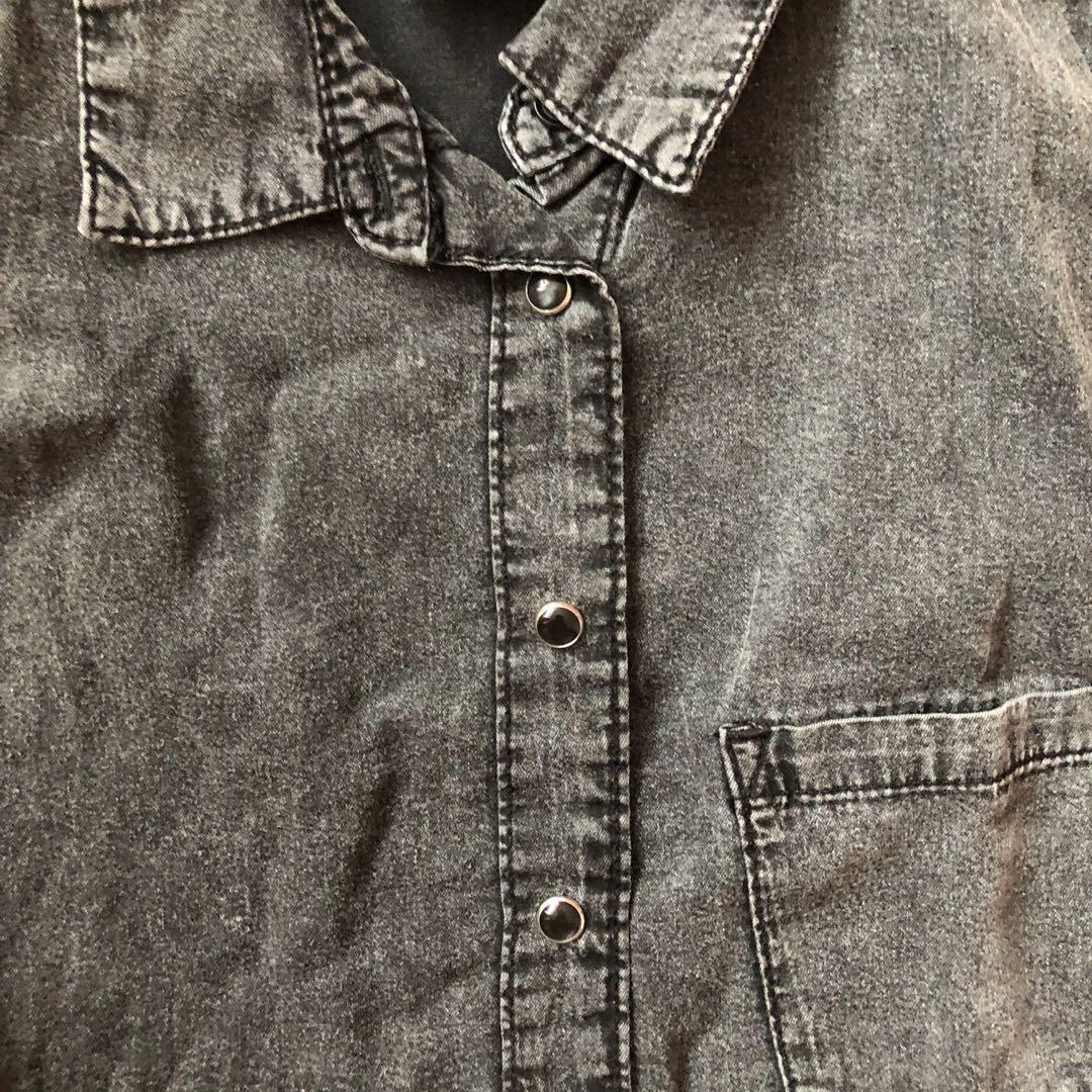 H&M Black Denim Sleeveless Shirt