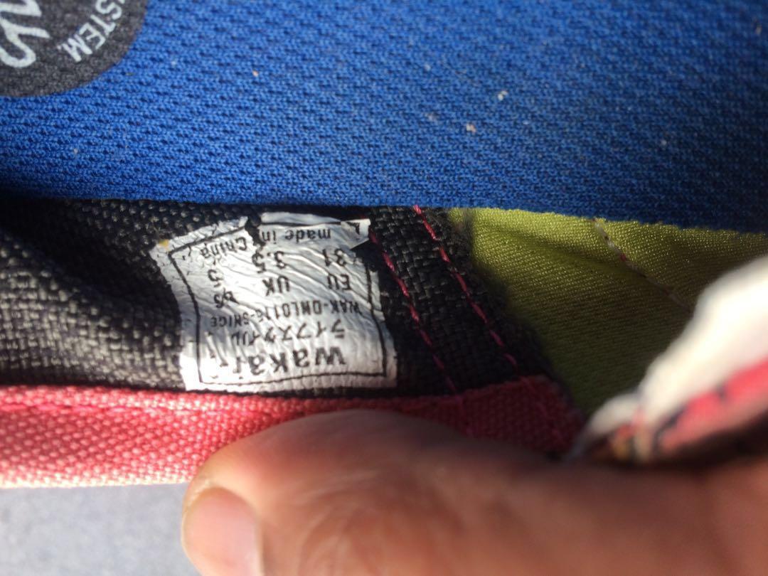 Jual 3 pasang sepatu harga murah (Adidas (KW), Frozen, Wakai (KW)) dengan kondisi sangat baik (size 31 (all))