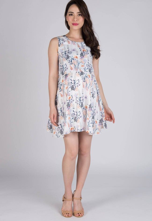 c53b83e62240 Jump eat cry (JEC) floral prints pocket swing dress