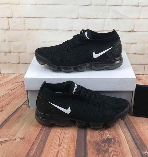 79545796f77 Nike Vapormax Black Flyknit