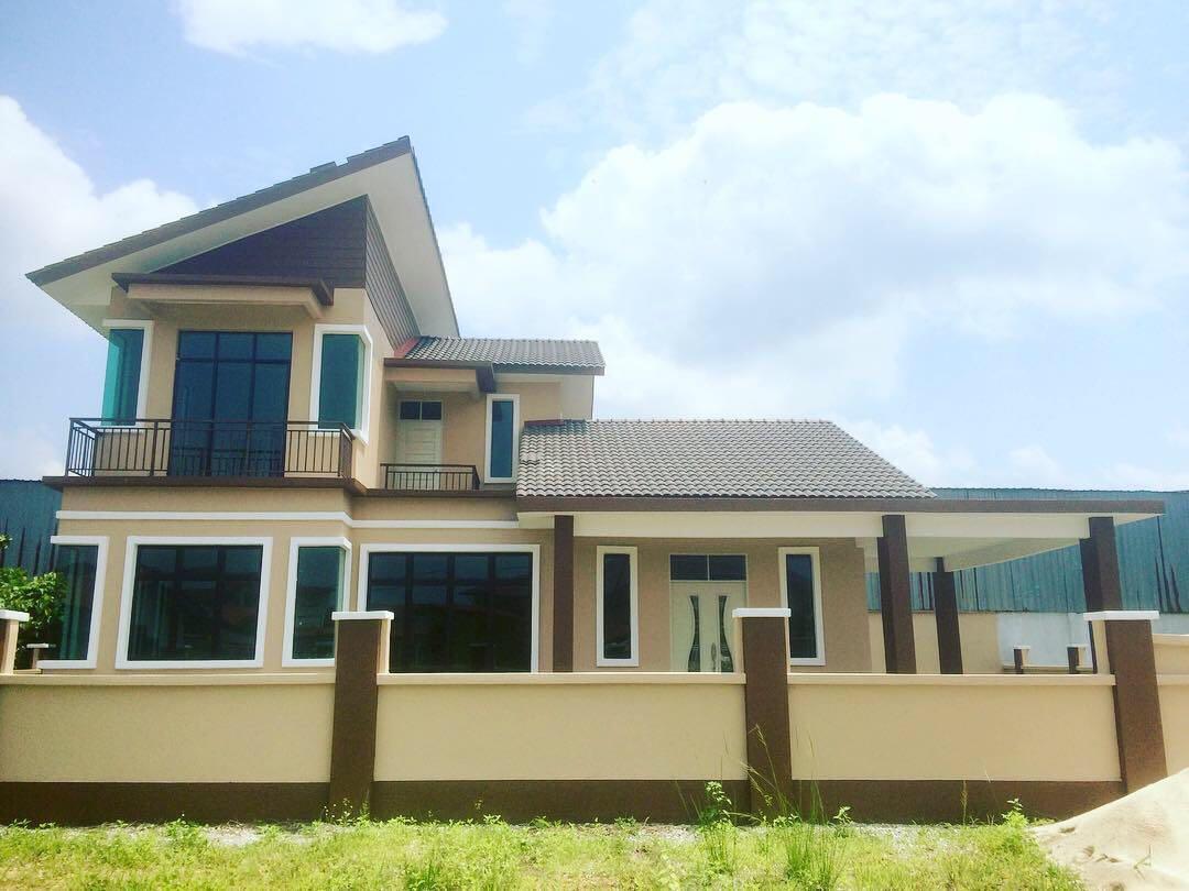Rumah Banglo 2 Tingkat Di Depan Smk Padang Kala Property For Sale On Carousell
