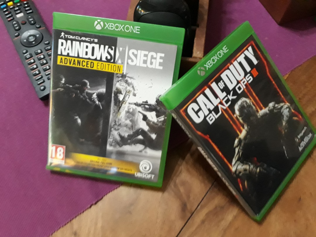 Xbox One Games(call of duty black ops3,rainbow six seige)