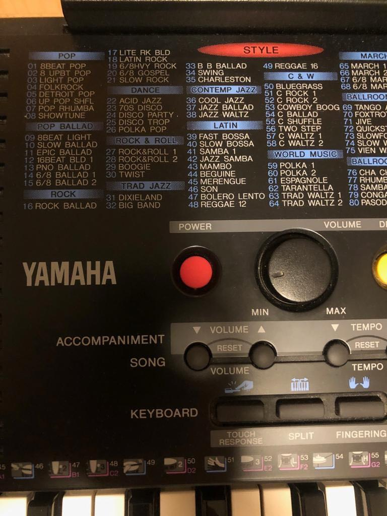 YAMAHA PSR-220