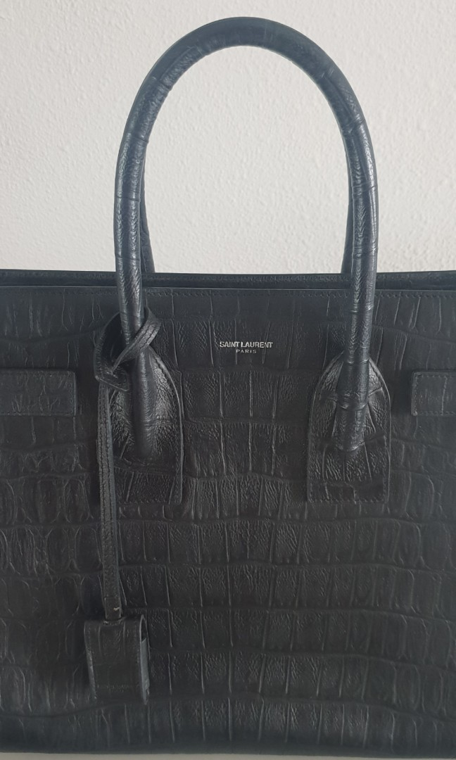 b82267cca08 YSL classic small sac de jour in crocodile embossed leather, Luxury, Bags &  Wallets, Handbags on Carousell