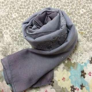 Bawal square cotton with diamonds in grey