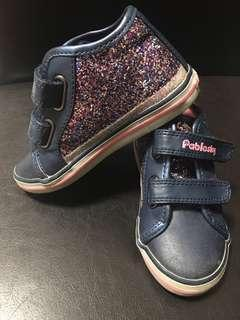 🚚 Girl shoes Sparkly shoes Size 25 (Size 8)