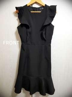 The Stage Walk - Holden Ruffled Hem Dress in Black Size S (BRAND NEW NOT WORN)