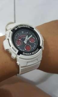 [Price Reduced] G Shock White Original