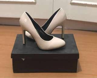 High Heel Pumps (Cream)