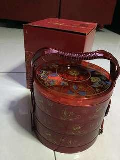 BN Cny Goodies 3 Tiers Stackable Red Container set