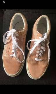 Vans women pink shoes