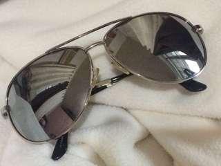 Authentic Xoxo Aviator Sunglasses