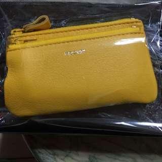 黃色皮製零錢包、鑰匙包