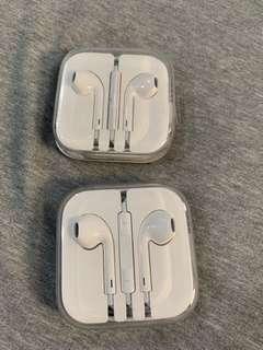 🚚 (原廠全新)Apple  EarPods 具備 3.5 公釐接頭線控麥克風耳機