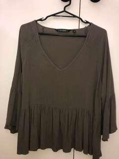 Glassons green flowy top