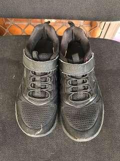 Sketchers black shoes size 34
