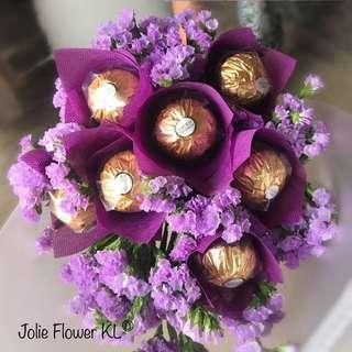 Ferrero hand bouquet