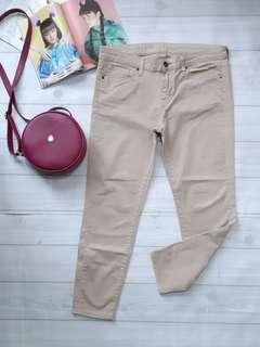 UNIQLO Soft jeans Cream
