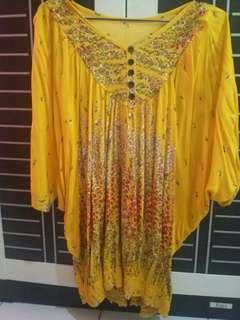 Blouse kuning