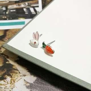 Rabbit & Carrot ver 2 earrings