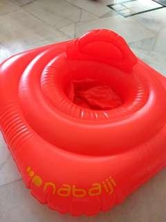 Decathlon Nabaiji Inflatable seat swim ring