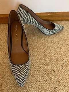 Urban soul black and white heels