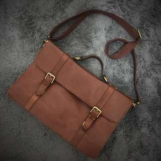 Fossil Brown Leather Messenger Briefcase bag