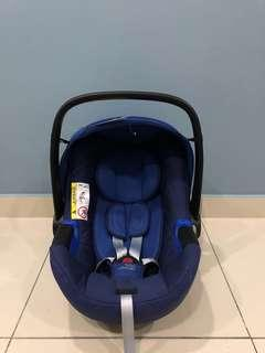 Britax Rome Baby-safe i-Size Carseat