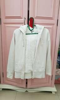 Jaket winter putih