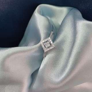 18K 鑽石戒指