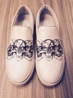 Alexander McQueen White Skull Print Slip On Sneakers