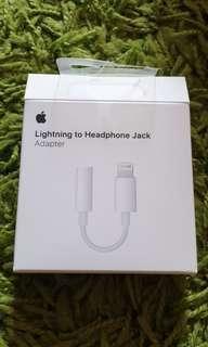 Original Apple Lightning to Headphone Jack Adapter (Warranty)