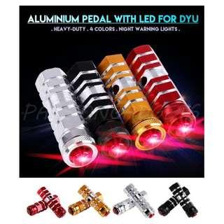 DYU led foot peg black only one pair