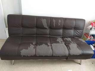 Sofa Bed (kulit rusak)