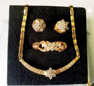 Jewelry Set for sale
