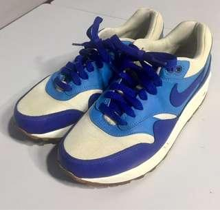 Price Reduced Preowned Nike Air