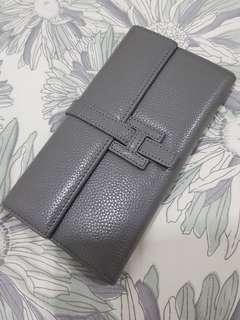 Herme'S inspired grey leather clutch