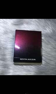 kevin aucoin the sensual skin powder foundation