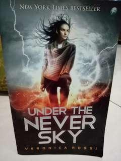 Dijual novel terjemahan Under The Never Sky terbitan Mizan