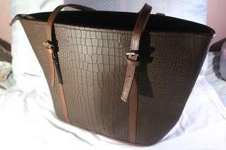 Marikina shoulder bag