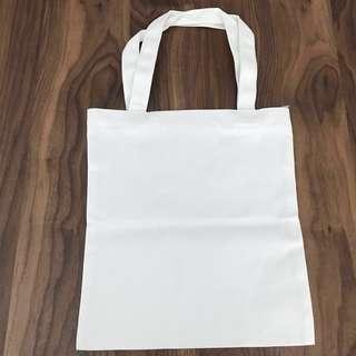 <OFFER!!> BN Minimalist Simple Medium Size Off White Canvas Multipurpose Tote Bag @sunwalker