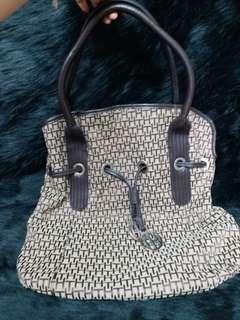Tommy Hilfiger Bag/手袋 《真品》,只作交換。