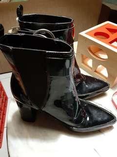 Sepatu HnM original