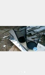 keranjang sampah jaring kawat