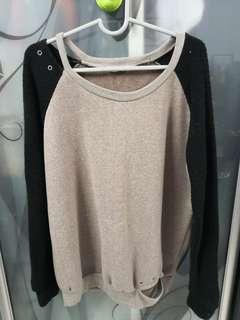 🆕 Brown Black sweatshirt #CNY888