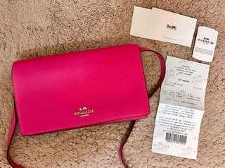 全新 美國購入 正品 coach woc 桃紅色 皮夾 斜背包