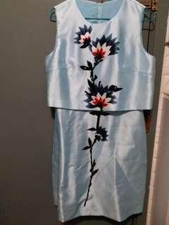 絲質繡花裙