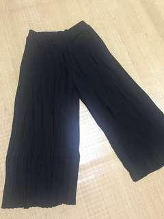Zara Black electric pleated culottes
